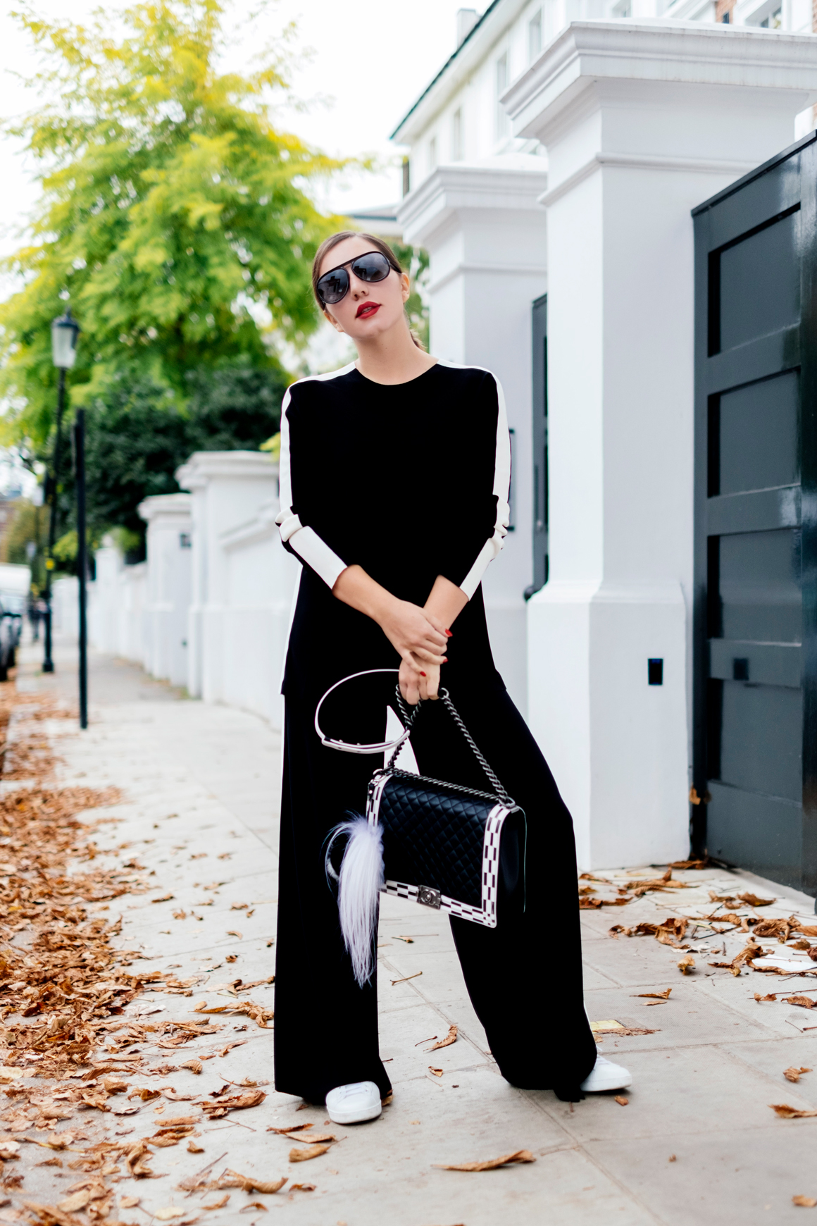 7 More Minutes. Fashion, travel and lifestyle blog by Alyona Gasimova. Back to black. Yes, It's Normcore And It's Contagious. www.7moreminutes.com